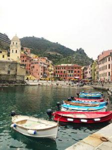 Вид на бухту Италии